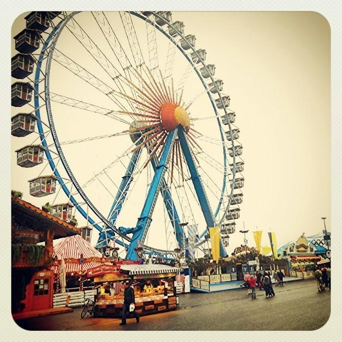 Ferris wheel @ Theresienwiese.