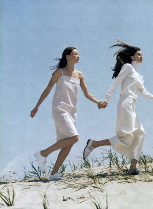"spring1999:  US Vogue September 1998, ""Portraits of Style"", Gisele Bündchen & Audrey Marnay by Steven Meisel"