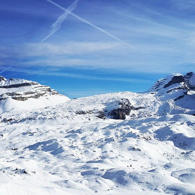 Wspomnienie sezonu zimowego☺  Kadr z 12/2014. The memory of the winter season☺ The picture was taken in 12/2014. 2/3  #italy #madonnadicampiglio #dolomiti #dolomites #trentino #vscopoland #vscoitaly #vscoeurope #vscoelite #bestofvsco #igerseurope #nature_perfection #igersnature #igersitaly #igerspoland #naturephotography #naturelovers #instanaturelover #naturaleza #skiing #skylovers #skypainters #góry #przyroda #narty #włochy #wspomnienia #ig_naturelovers #ig_skylovers #instatrentino
