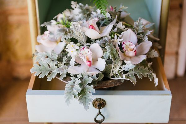 25 - A Chic Botanical Wedding Shoot in Greece