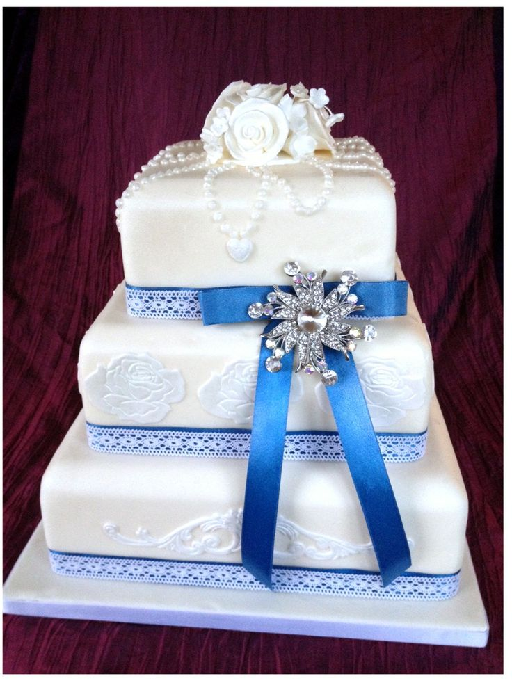 square wedding cakes with ribbon and flowers 56 best fondant iced wedding cakes images on 20429