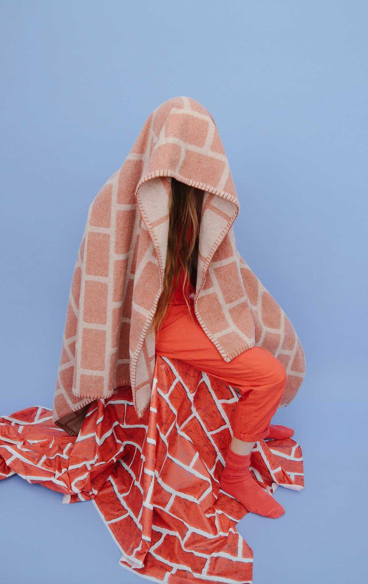 Brick Blanket - tonal use of colours