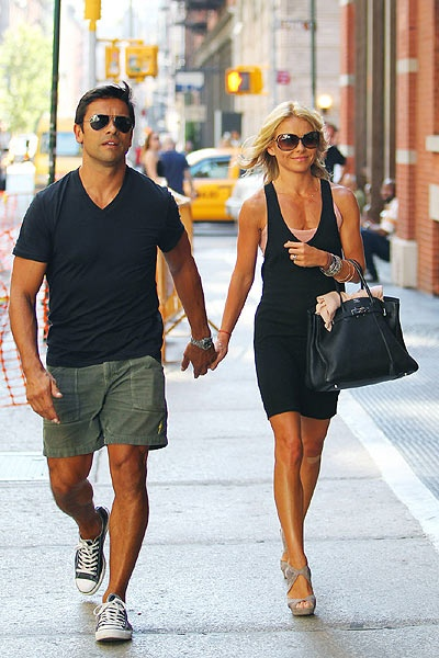 Mark Consuelos & Kelly Ripa. Celebrity version of me and the hubby <3