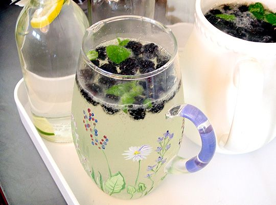 Blackberry Elderflower Spritzer with Mint. Perfect for brunch or as a non-alcoholic drink for dinners and parties. Super easy to make!