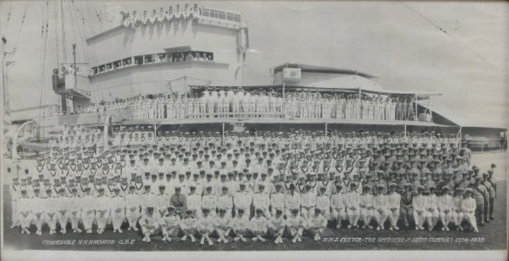 288: Royal Navy photographs including the ships company