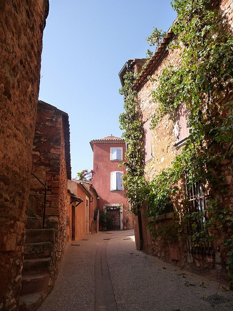 The hilltop village of Rousillon. The area is known for its ochre colored buildings and huge ochre quarry located nearby which gives the pottery made in these region a very distinctive color.