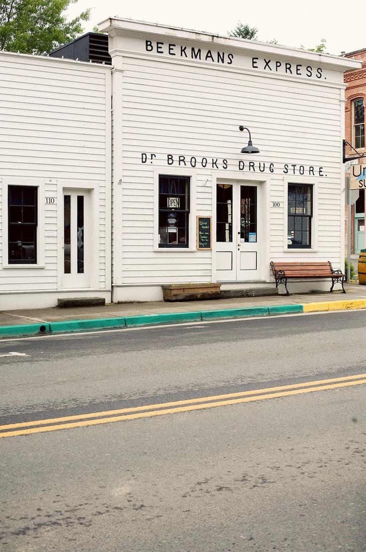 jacksonville, oregon: Stores Front, Architecture Lights, Architecture Photos, Drugs Stores, Brooks Drugs, Roads Trips, Bonnie Tsang, Architecture Places, Shops Front
