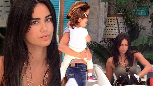 >Fenerbahçe'nin kalecisi Volkan Demirel'in eşi Zeynep Demirel, önceki gün kızı Yade ile birlikte Yeniköy'de görüntülendi.  #baba #kızı #kopya #VolkanDemirel #Yade #ZeynepDemirel  http://zarafetim.com/yade-babasinin-kopyasi/