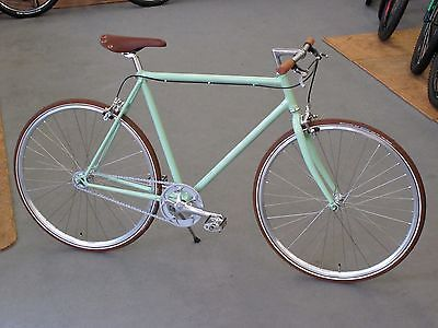 "Love love love the color :) #bike #menbike Manufaktur Herren Singlespeed 28"" RH 57cm mint grün Stahlrahmen kein Fixie in Sport,Radsport,Fahrräder 
