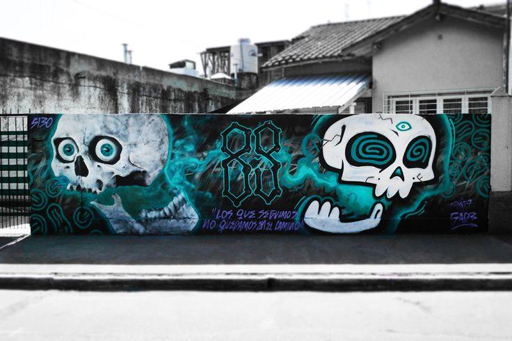 """""""Los que seguimos, no quedamos en el camino"""" Pieza con Gade en Ezpeleta (Buenos Aires - Argentina)  #Graffiti #Argentina #BuenosAires #Ezpeleta #Gade #SantoUno"""