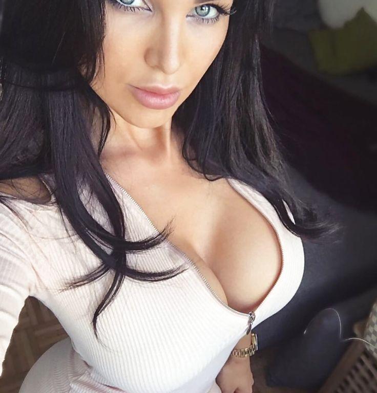 Indian fat aunty titsbra boobs photos
