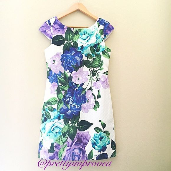"•NWOT• Eliza J Floral Shift Dress NWOT and never worn exquisite floral pattern shift dress by Eliza J. Beautiful dress for the springtime!  Features: * About 33 1/2"" petite length  * Hidden back-zip closure * Fully lined * 100% cotton * V back Eliza J Dresses Mini"
