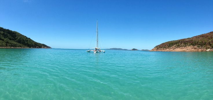 Sailing starts here at Whitsundays Island and let the Adventure begin !