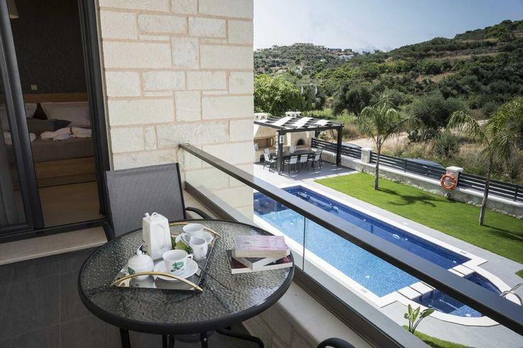 Holiday Villa in Chania, Crete - Luxury holiday villa Azalea in Almyrida, Chania