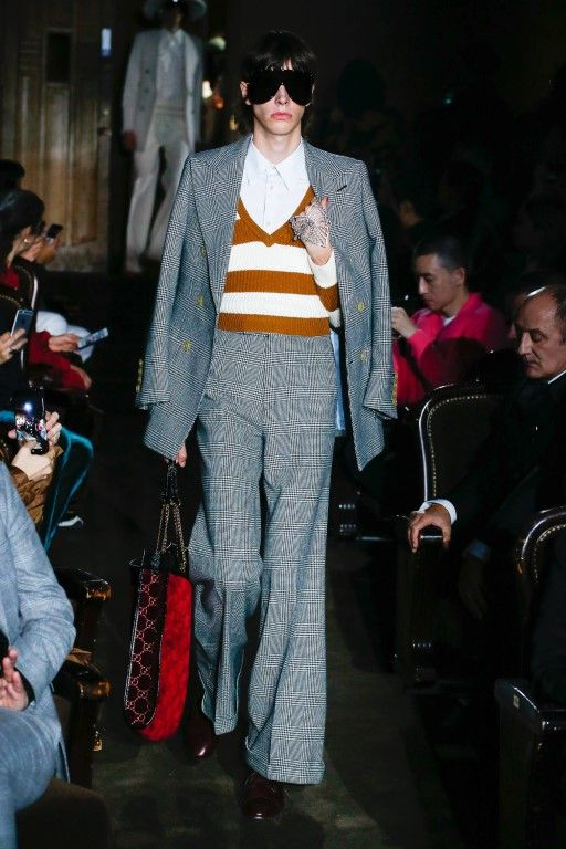 f3523b250c7 Gucci-Spring-Summer-2019-Ready-to-Wear-Collection-Photo-14