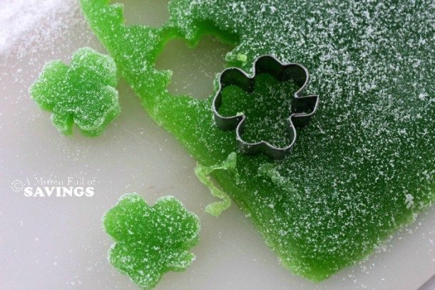 Here's an easy St. Patrick's Day treat. Homemade Gum Drops! Perfect classroom St. Patrick's Day treat!