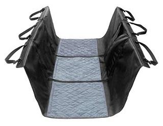 カーブランケット(車内シート)  丈夫な素材で作られたカーシートカバー。2つのジッパーでどんな車にも簡単に調節取り付けできます。調節可能なベルトでヘッドレストに取り付けます。シートエリアはキルティングパッドでできており、4つ足の友達の快適な旅行を保証します。 スリットがありシートベルトを使用することも可能です。