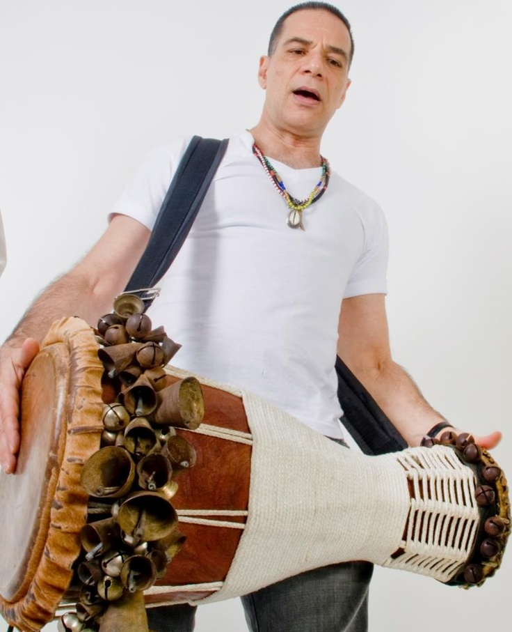 Leo Leobons on Iya (Bata), from Brasil