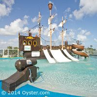 Oki Splash Water Park at the Gran Caribe Real Cancun, courtesy Oyster.com