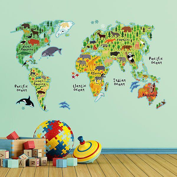 Wie viele Kontinente gibt es? Wie heißen unsere Weltmeere? Wo ist welches Tier beheimatet? <br /> Mit diesen Wandstickern können sich unsere kleinen Lieblinge ewig beschäftigen, da es darauf so viel zu entdecken und zu lernen gibt. Mit dieser Weltkarte legen Sie schon den Grundstein für die spätere Schullaufbahn.<br /> <br /> Diese selbstklebenden Wandsticker überzeugen durch ihre hohe Flexibilität. Die Vinylfolie haftet auf allen glatten, staub- und fettfrei...
