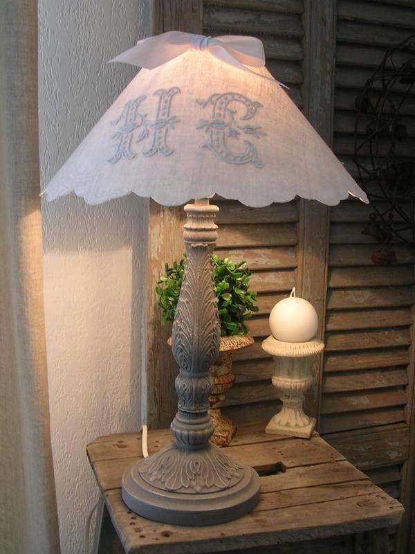 Lampe Ancienne Patinée - Abat-jour Monogramme - lampe de table - Le Grenier des Petits Lous - Fait Maison