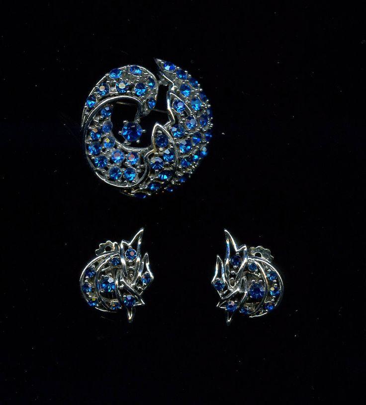 Pretty Vintage Blue Rhinestone 3 piece Brooch and Earring Set by waltermillerantiques on Etsy