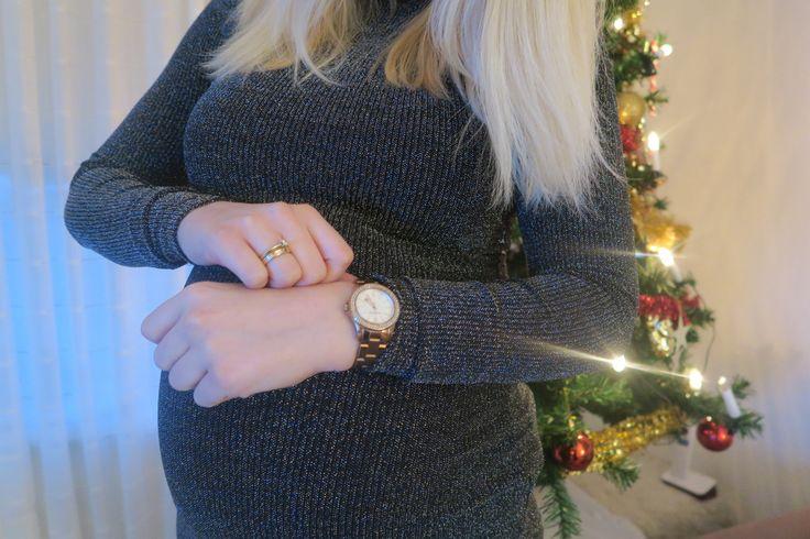 Feest outfit voor tijdens je zwangerschap: Leuke outfit voor de feestdagen als je zwanger bent zonder veel geld uit te geven.