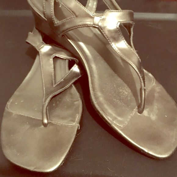 Pewter sandals Slip on pewter sandals. Mini heel 1 inch. Shoes Sandals