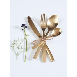 Made from high quality stainless steel with a stunning gold brushed finish, our smooth matt cutlery is lightweight with a subtle elegant curved handle. Each set comes in a natural card gift box and includes four table knives, four table forks, four desert spoons and four teaspoons; the perfect table setting for four.