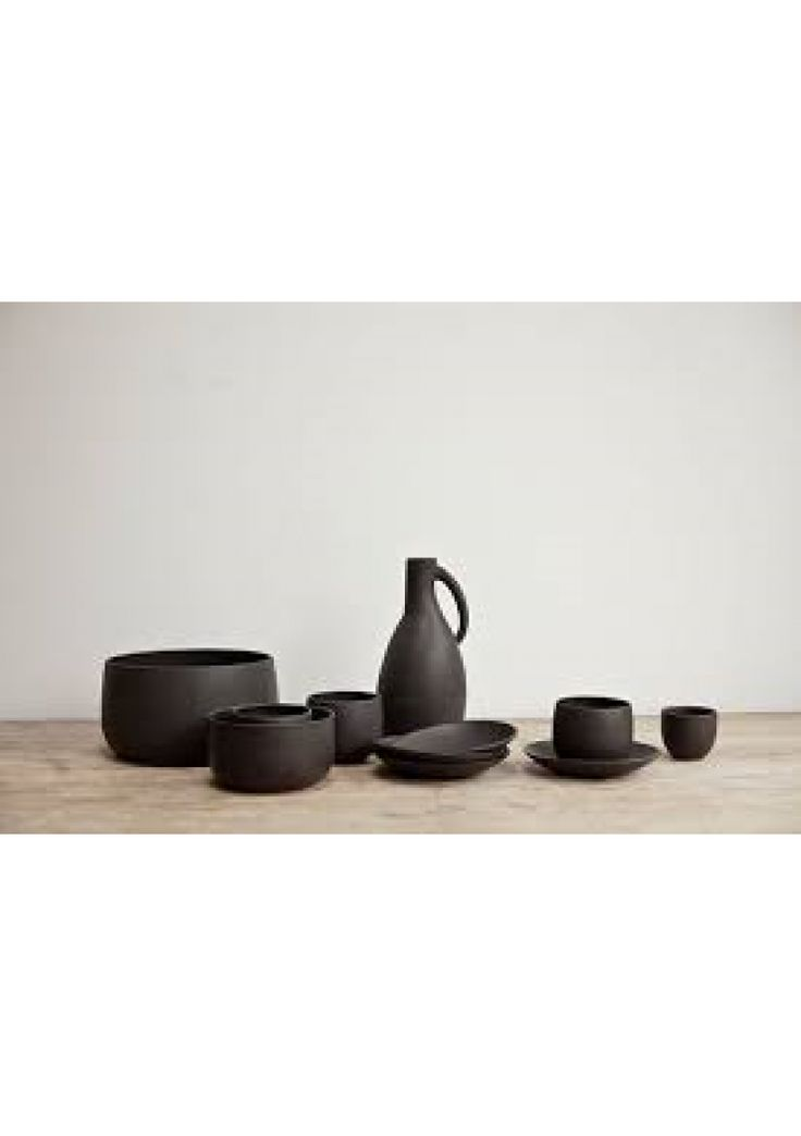 Black Ceramics by Nelson Sepulveda