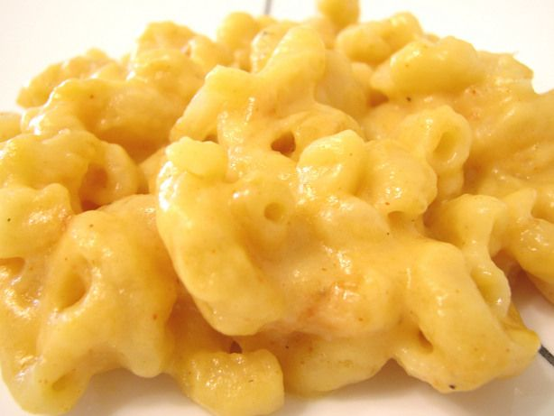 """Easy Slow-Cooker Macaroni & Cheese: """" I like the fact that you don't cook the macaroni beforehand. So easy. And it tastes so creamy and delicious."""" -mommyoffour"""