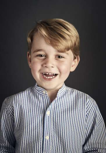 The Best Pictures of Prince George and Princess Charlotte We've Been Blessed With This Year - November 14, 2017:  Prince George looked all grown up in an official portrait for his fourth birthday.