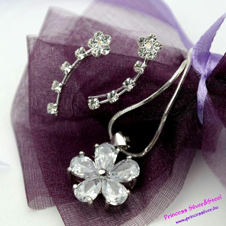 Kriistály virágos ezüst ékszer szett. Részletek itt: www.princessilver.hu