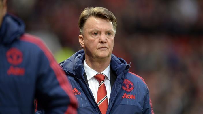 """Van Gaal está na corda bamba no Manchester United"""""""