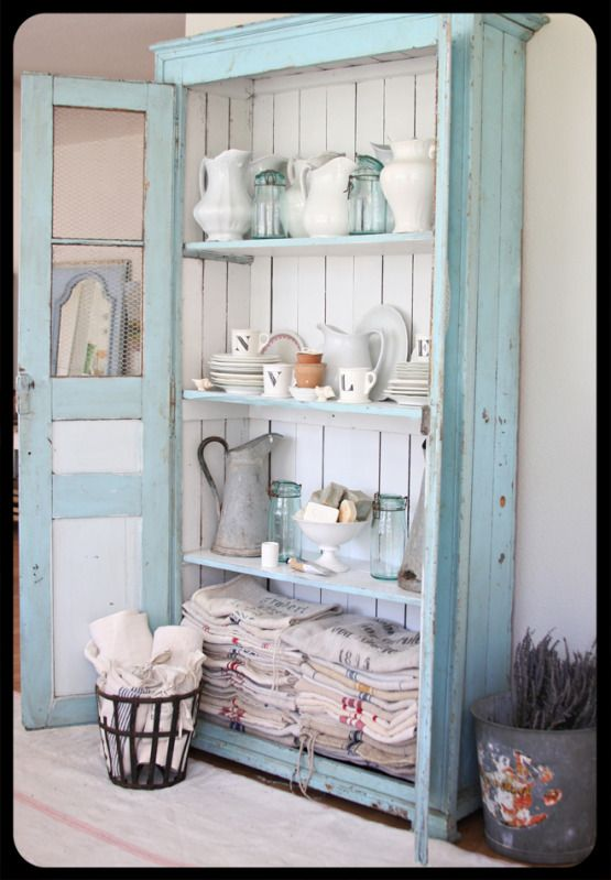 A great shelf with the old ironstone, and look at all those flour sacks!Kitchens, Decor, Dreamy White, Ideas, Blue, Shabby Chic, Old Cabinets, Shabbychic, Linens Closets