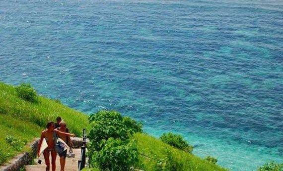 Pantai Gunung Payung di Jimbaran.