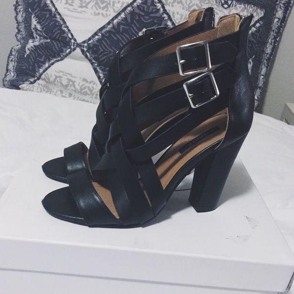 ✨SALE $6✨ Gladiator Heels Black gladiator heels, worn once. Has small unnoticeable scuffs (last photo)  ✖️I DO NOT TRADE✖️ ✨MAKE AN OFFER✨  PLEASE MAKE OFFERS BY USING THE OFFER BUTTON.  I WILL NOT RESPOND TO OFFERS LEFT IN COMMENTS.   If you have any questions, please feel free to ask. Forever 21 Shoes