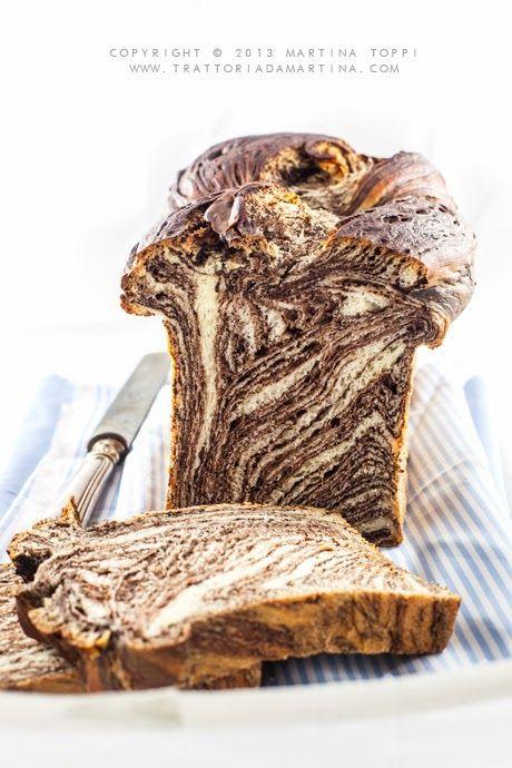 Brioche variegata al cioccolato (chocolate swirl brioche) - Trattoria da Martina - cucina tradizionale, regionale ed etnica