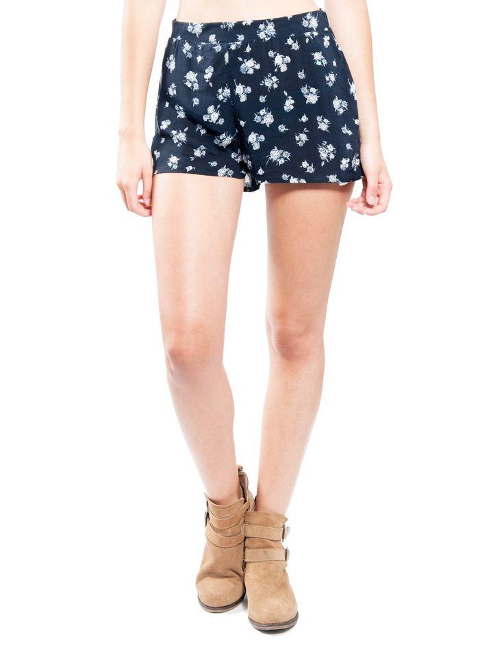 Short estampado flores Double Agent 14,99€ www.doubleagent.es #fashion #trends #clothes