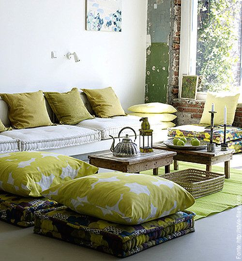 sala só com futons