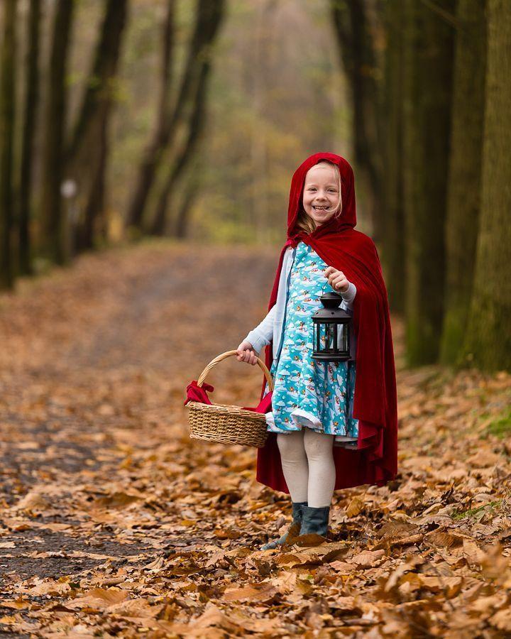 Roodkapje Litte red riding hood  #kidsphotography #kids #kinderen #autumn #herfst #herfst #photokids  #zoomnl #fotografie #fotoshoot #menen #roeselare #ieper #kortrijk #westvlaanderen #igieper #igroeselare #igkortrijk #disney #littleredridinghood #fairytail #fairytale #palingbeek #natuurpunt