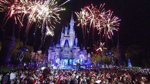 Watch The Wonderful World of Disney: Magical Holiday Celebration TV Show - ABC.com