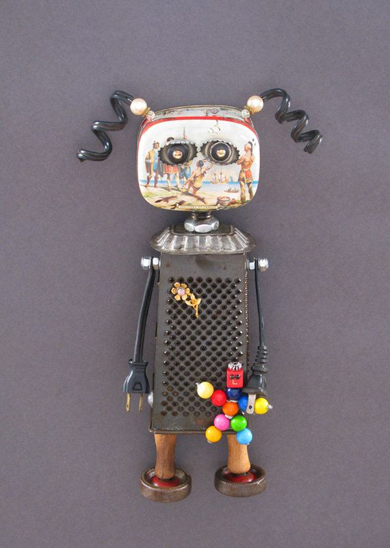 Found Object ROBOT SCULPTURE Polly & Wally di CastOfCharacters23