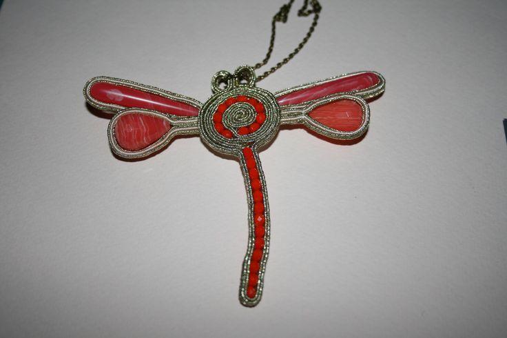 Λιβελούλα φτιαγμένη με σουτάζ  Handmade pendant dragonflay with soutache,fire polish , rodonite