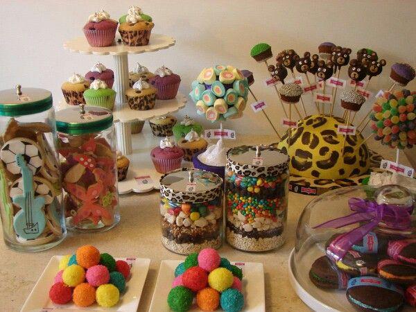 Mesa dulce de colores para ni os as mesas dulces - Mesas de colores para ninos ...
