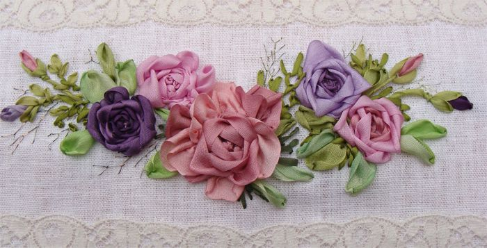 silk ribbon embroidery roses - Buscar con Google