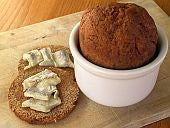 Icelandic Thunder Bread - An Icelandic Recipe for Steamed Rye Bread