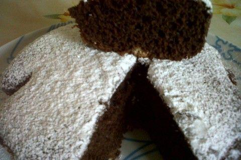 Torta al cioccolato senza uova, burro e olio