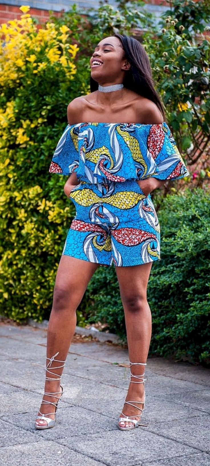Amazing 50 Best Women's African Fashion Style Outfits You Need To Try This Summer https://www.tukuoke.com/50-best-womens-african-fashion-style-outfits-you-need-to-try-this-summer-3551