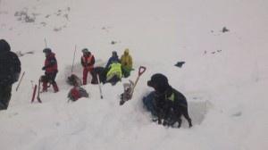 Trym og hundefører Thomas Øye i aksjon i Hemsedal